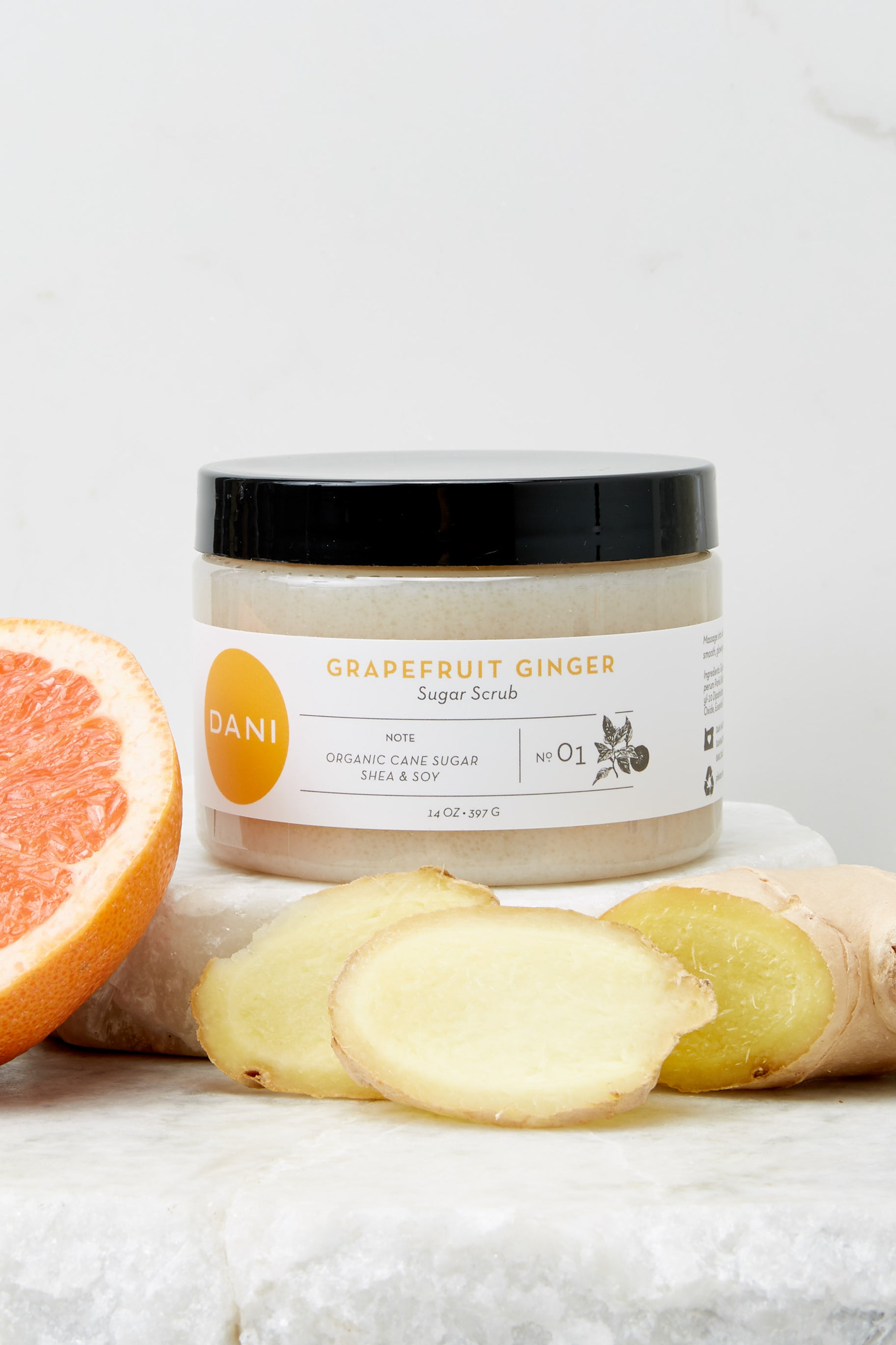2 Grapefruit Ginger Essential Oil Sugar Scrub at reddress.com