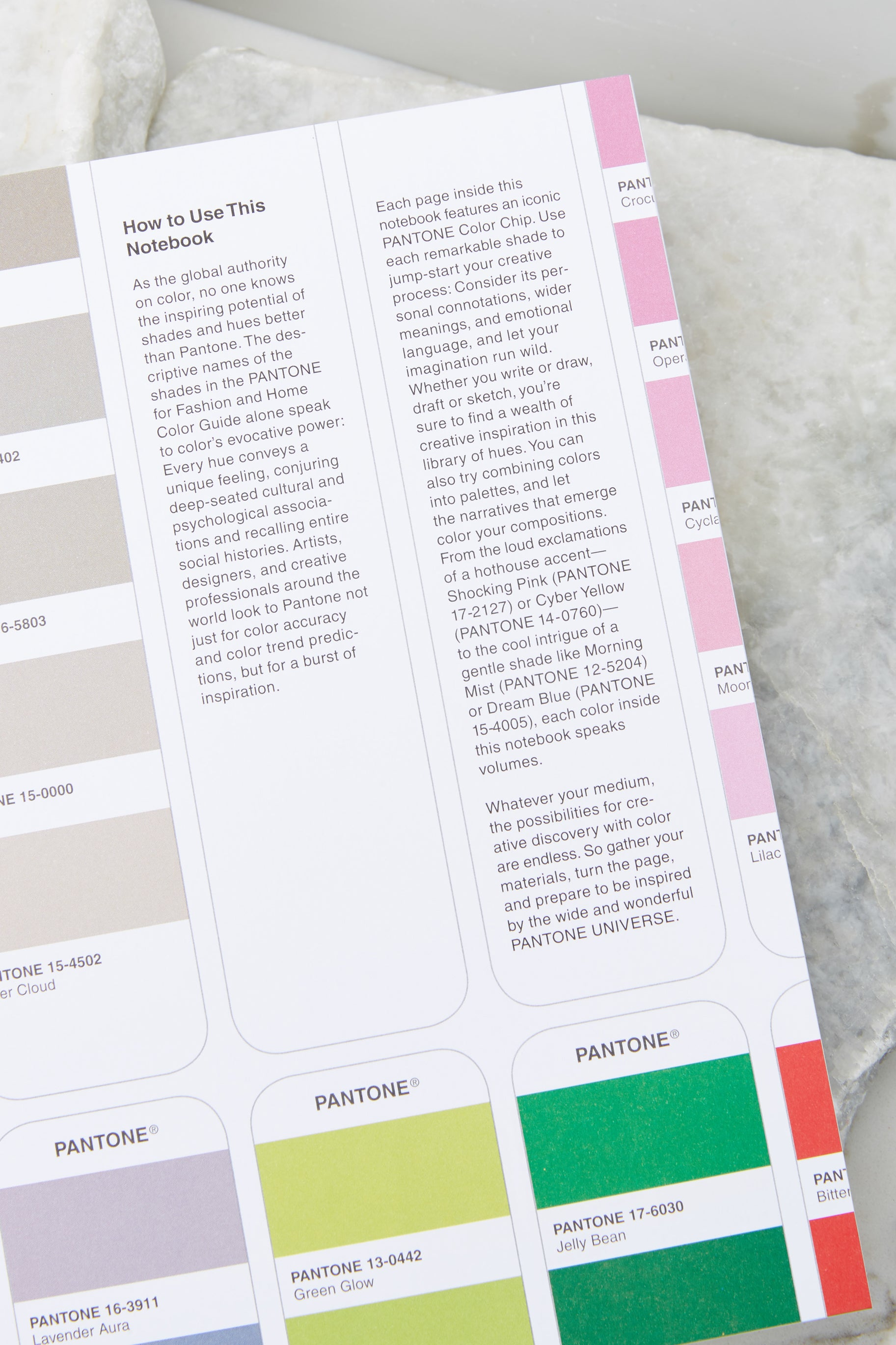 2 Pantone® Artist And Writer's Notebook at reddress.com