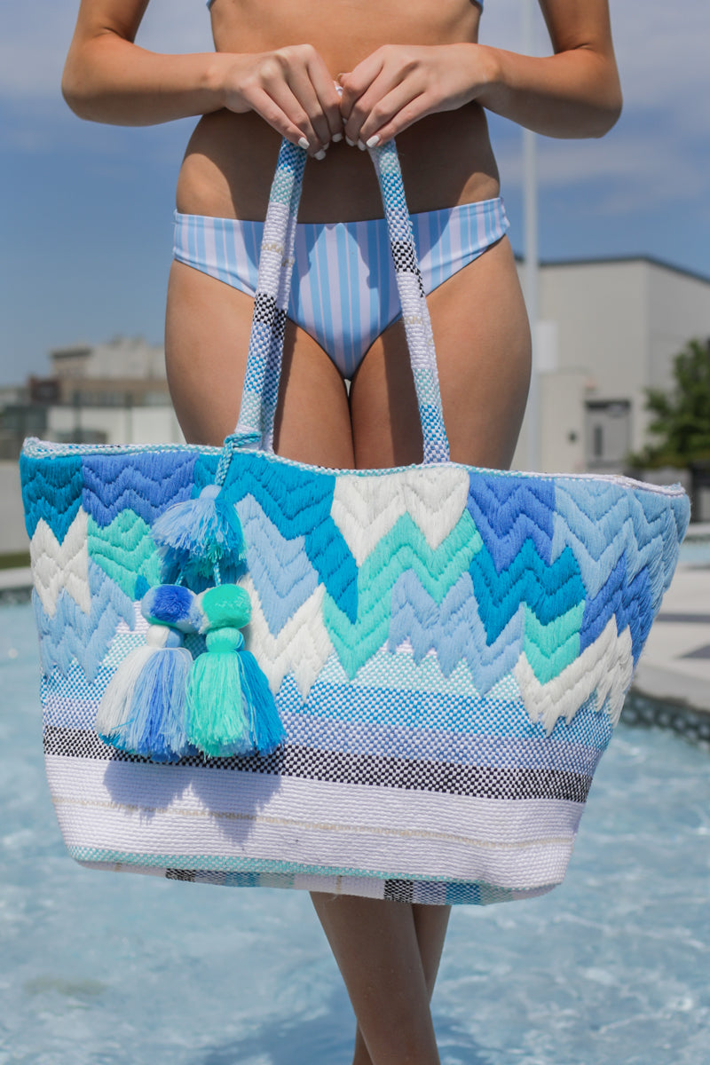 3 Motion Of The Ocean Blue Print Tote Bag at reddressboutique.com