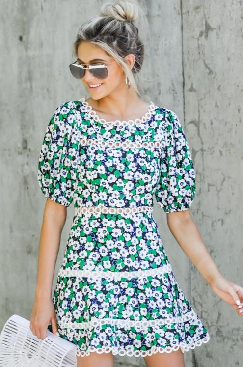 500 Vintage Style Dresses for Sale | Vintage Inspired Dresses Bloom Again Green Floral Print Dress $62.00 AT vintagedancer.com