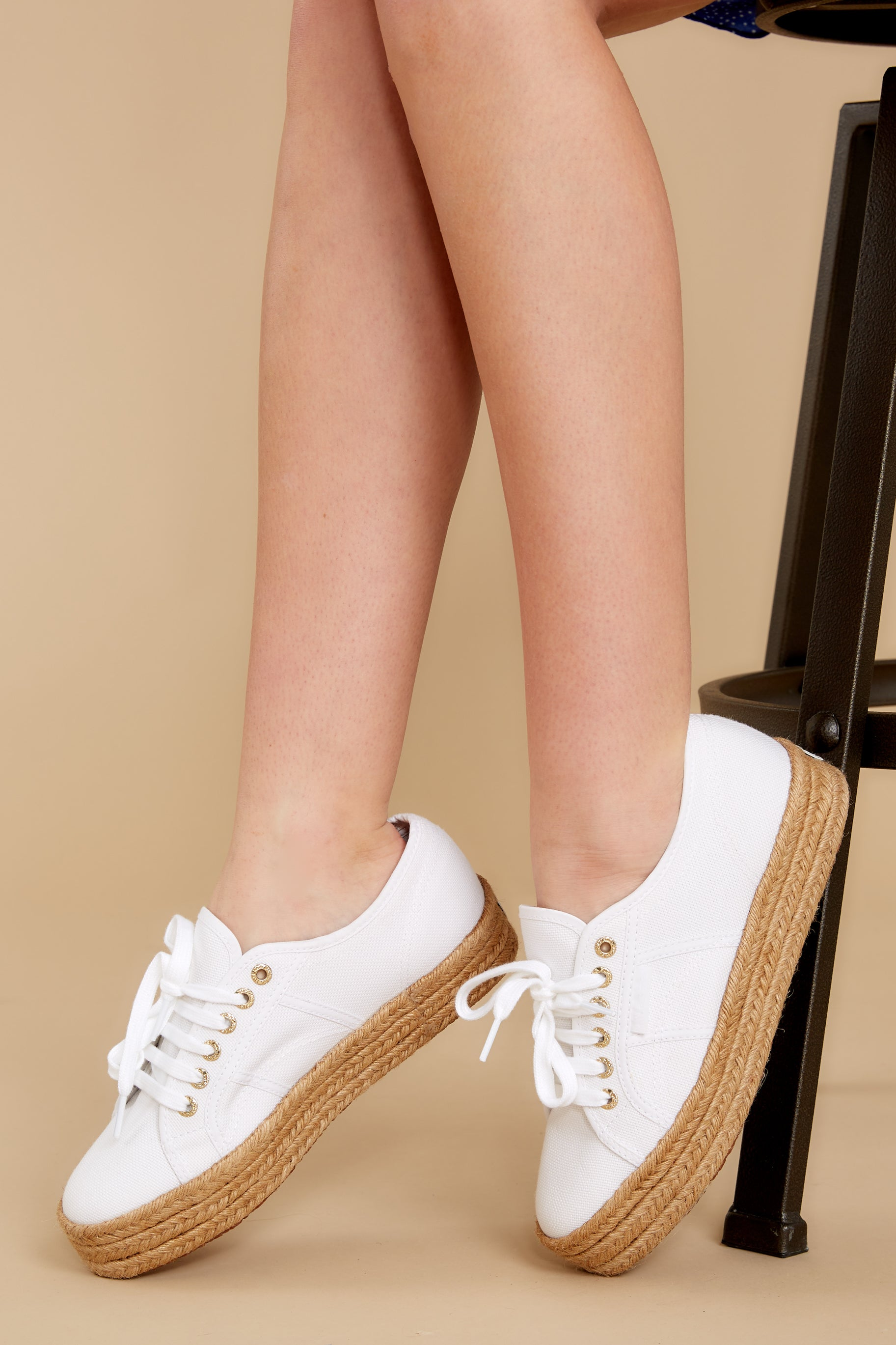 5 2730 Cotropew White Platform Sneakers at reddress.com