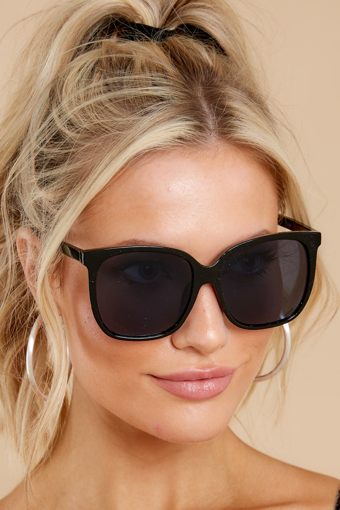 1 Glamorous Glance Beige Brown Fade Sunglasses at reddress.com