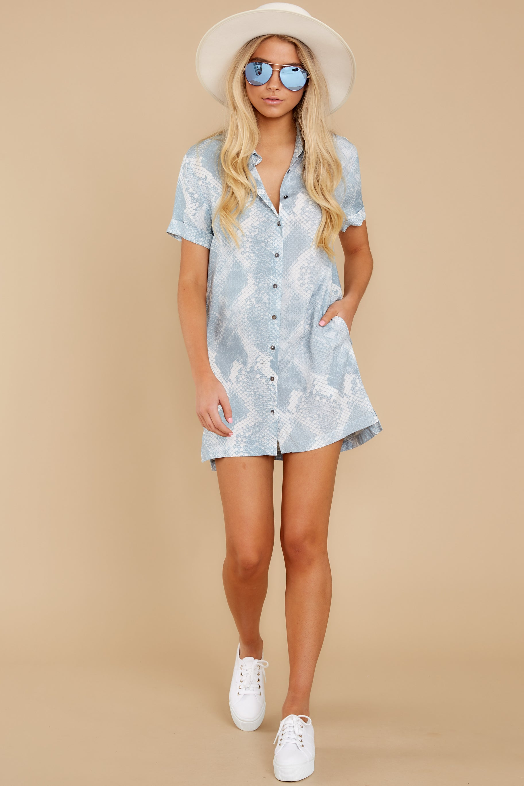 4 Meeting Family Light Blue Snake Print Button Up Tunic at reddress.com