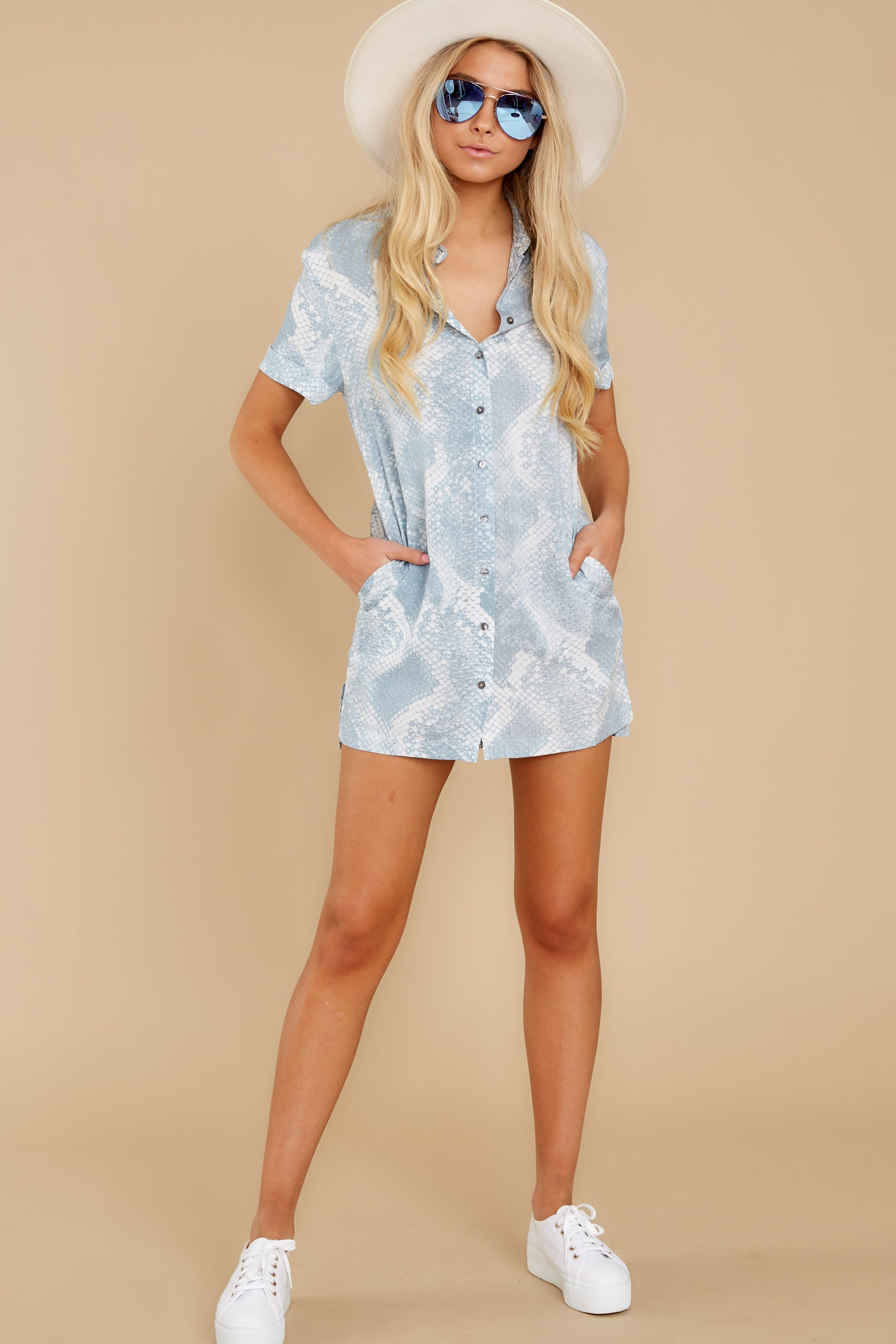 2 Meeting Family Light Blue Snake Print Button Up Tunic at reddress.com