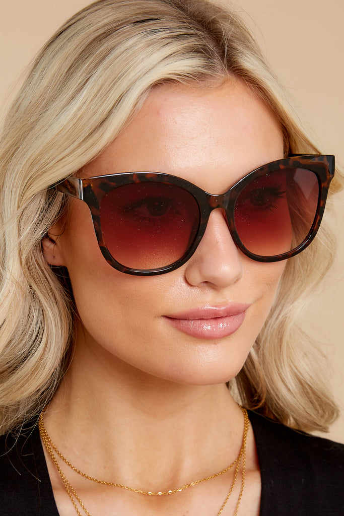 1 Hello Sunshine Tortoise Brown Fade Sunglasses at Red Dress