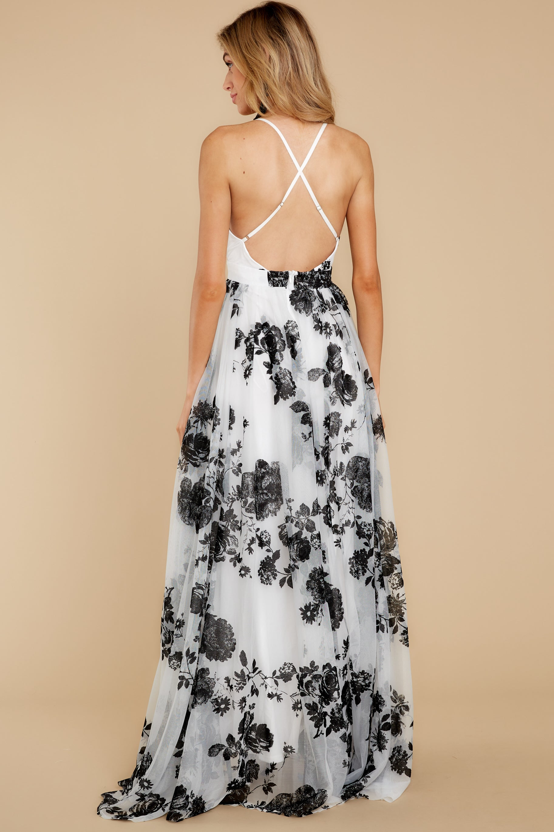 8 Gorgeous Gal White And Black Floral Maxi Dress at reddressboutique.com