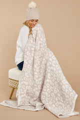 4 CozyChic® Cream Barefoot In The Wild Throw at reddressboutique.com
