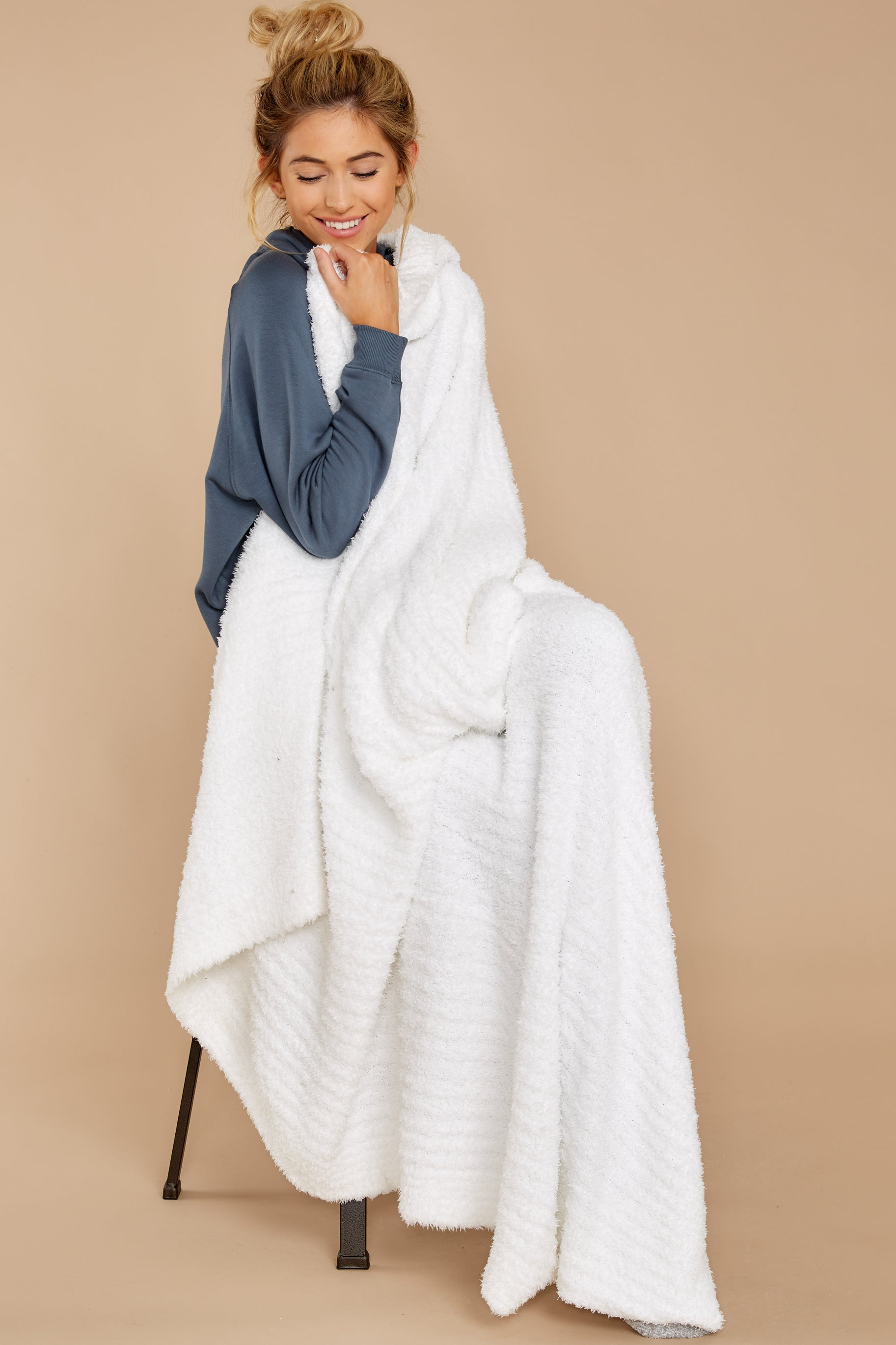 1 CozyChic® White Ribbed Throw at reddressboutique.com