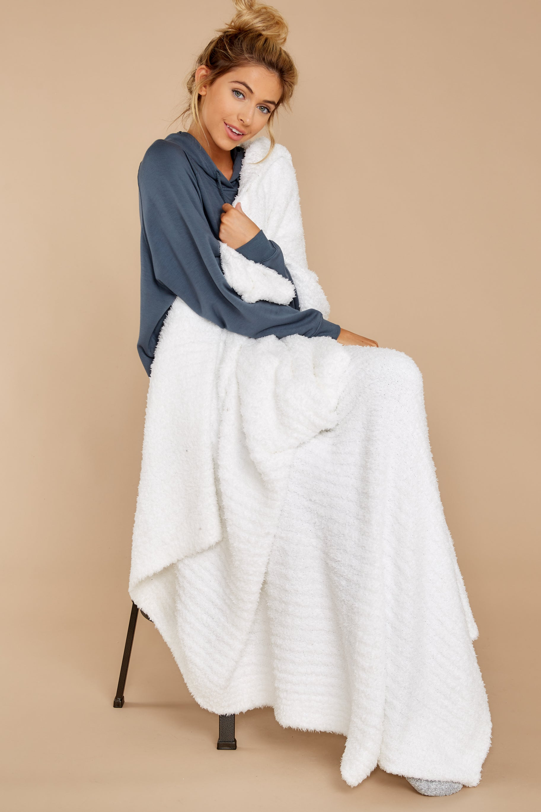 2 CozyChic® White Ribbed Throw at reddressboutique.com