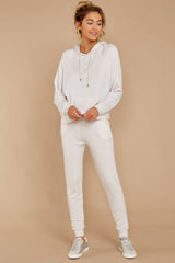 5 The Champagne Mist Premium Fleece Relaxed Jogger at reddress.com
