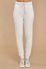 2 The Champagne Mist Premium Fleece Relaxed Jogger at reddress.com