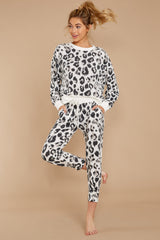 8 The Magnet Amur Leopard Jogger Pant at reddressboutique.com