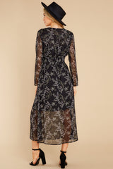 5 Build An Empire Black Floral Print Maxi Dress at reddress.com