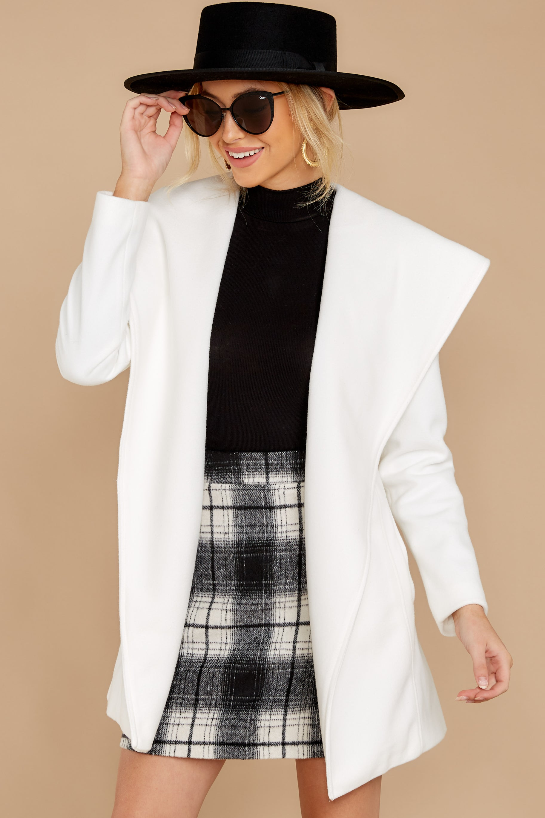 5 People To See White Coat at reddressboutique.com