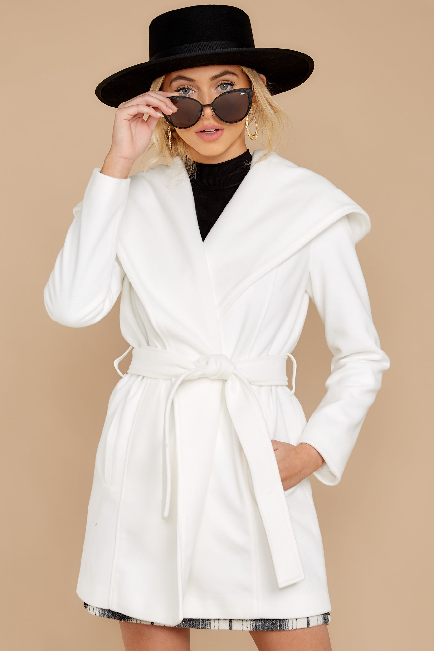 6 People To See White Coat at reddressboutique.com
