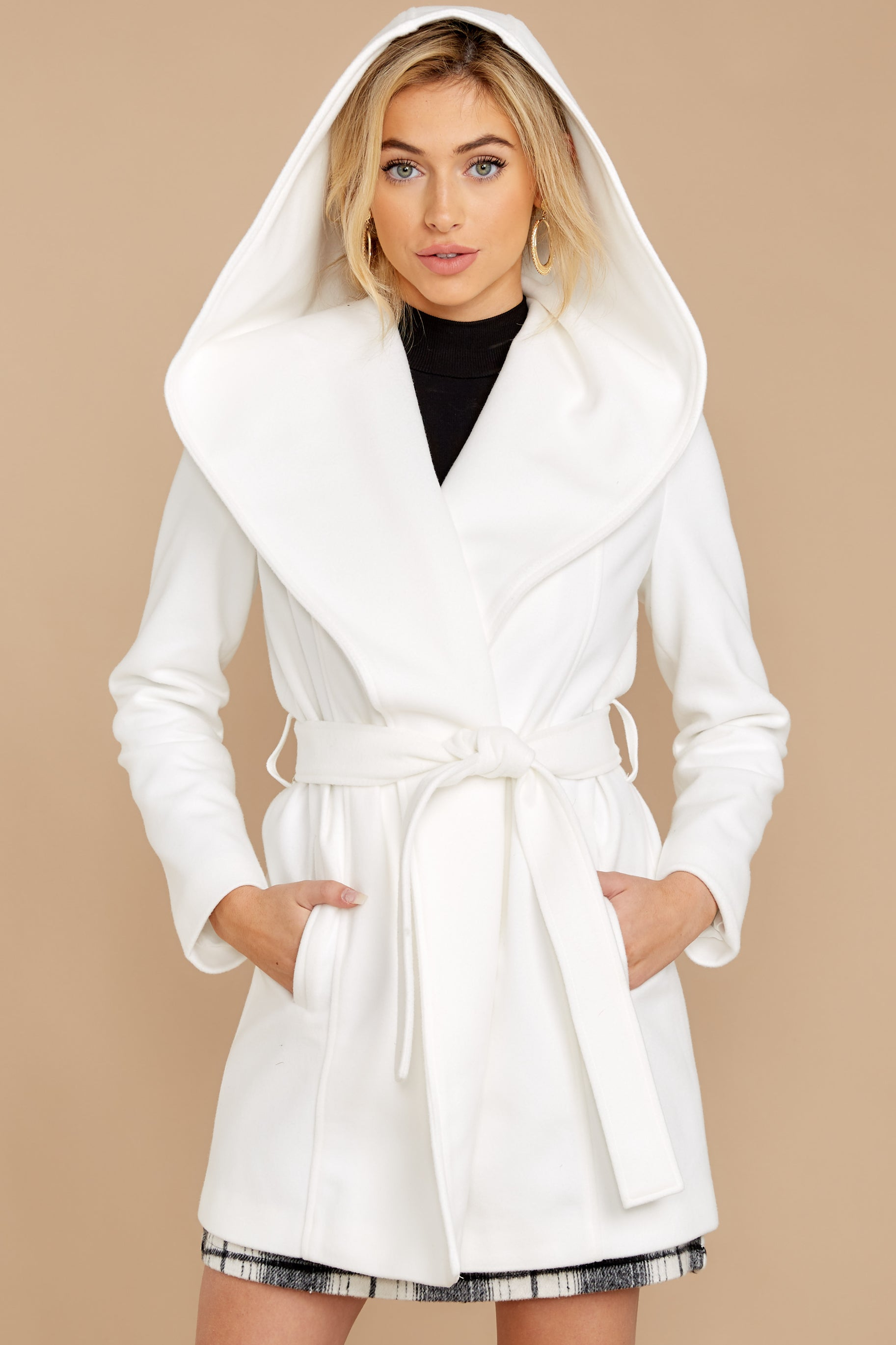 8 People To See White Coat at reddressboutique.com