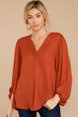5 Around The Corner Rust Top at reddressboutique.com