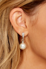 Sweet Nightingale Silver Pearl Earrings