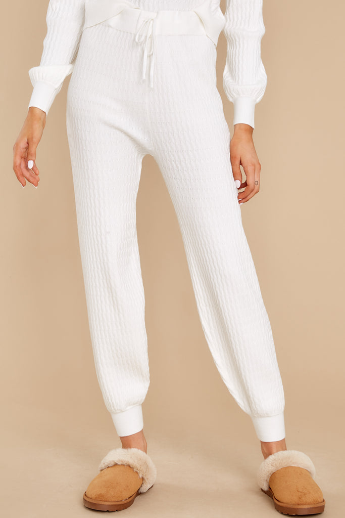 1 In Sweet Harmony Ivory Joggers at reddress.com
