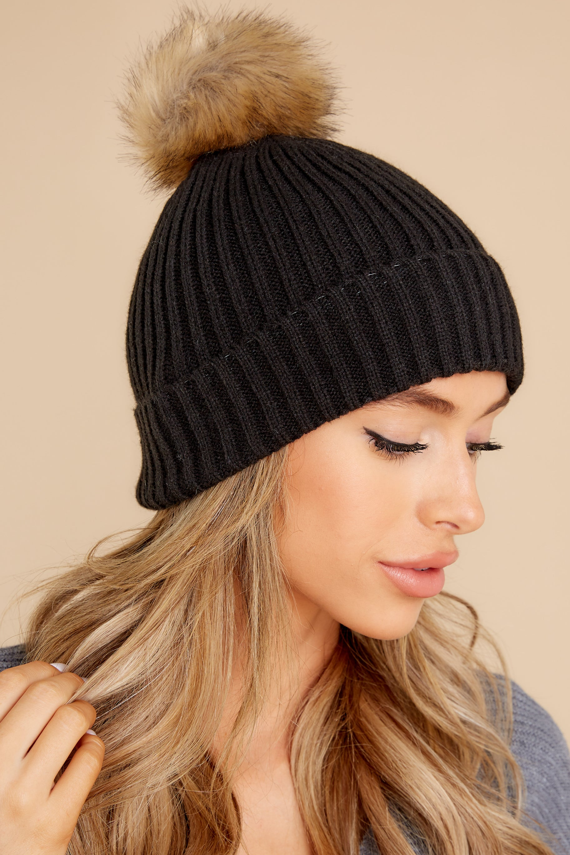 1 Cozy Up Black Rib Pom Beanie at reddress.com
