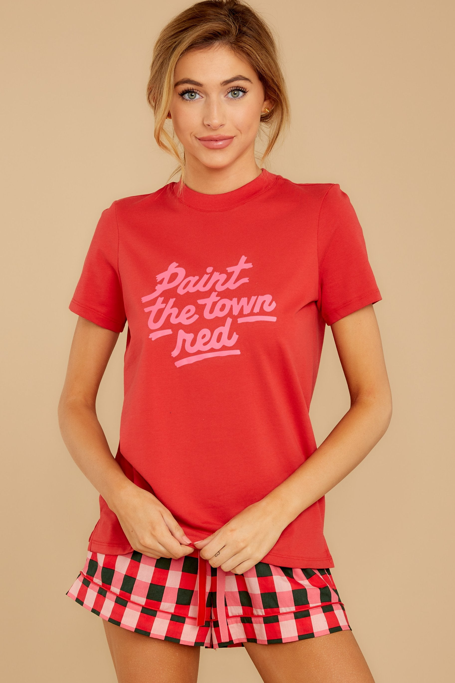 6 Paint The Town Red Retro Tee at reddressboutique.com