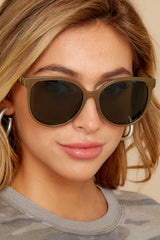 Hollywood Glam Green Sunglasses
