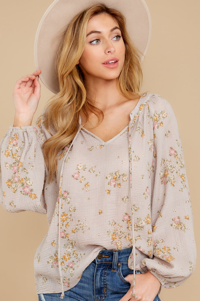 1 Little Cutie Light Blue Floral Print Top at reddress.com