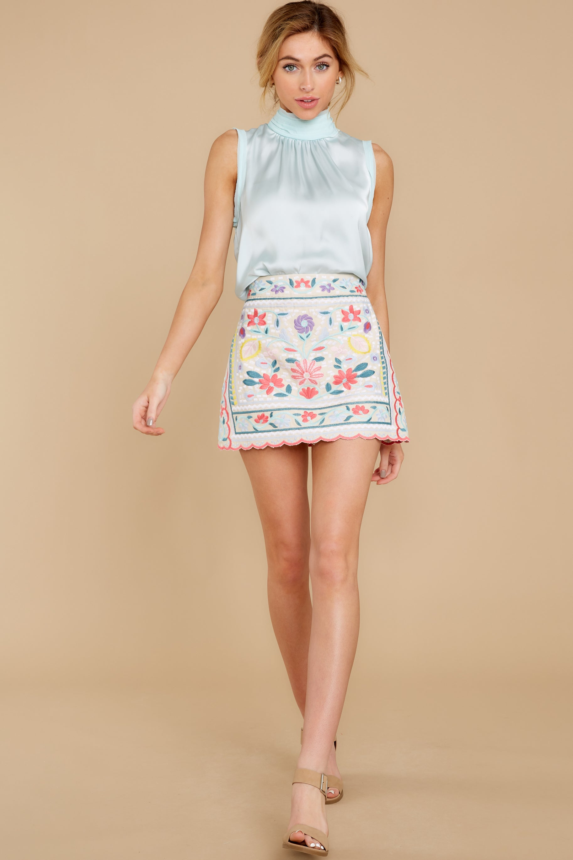 5 The Rational Choice White Embroidered Floral Skirt at reddress.com