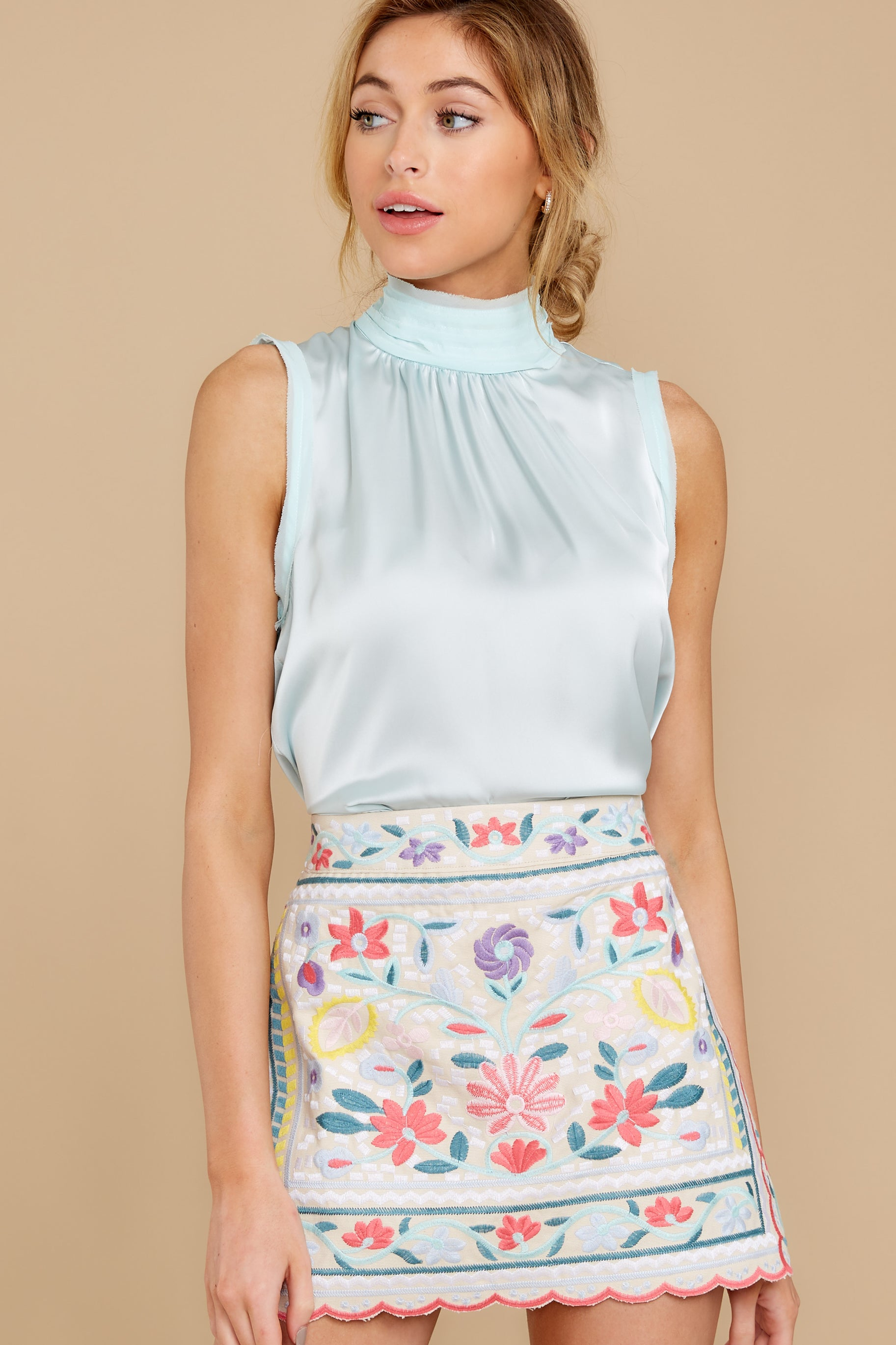 7 The Rational Choice White Embroidered Floral Skirt at reddress.com
