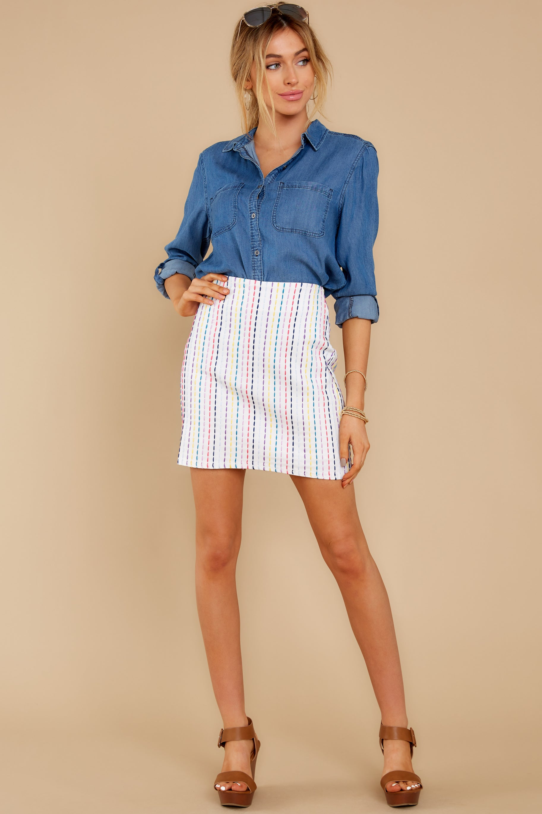 15 Wander Free Chambray Button Up Top at reddress.com