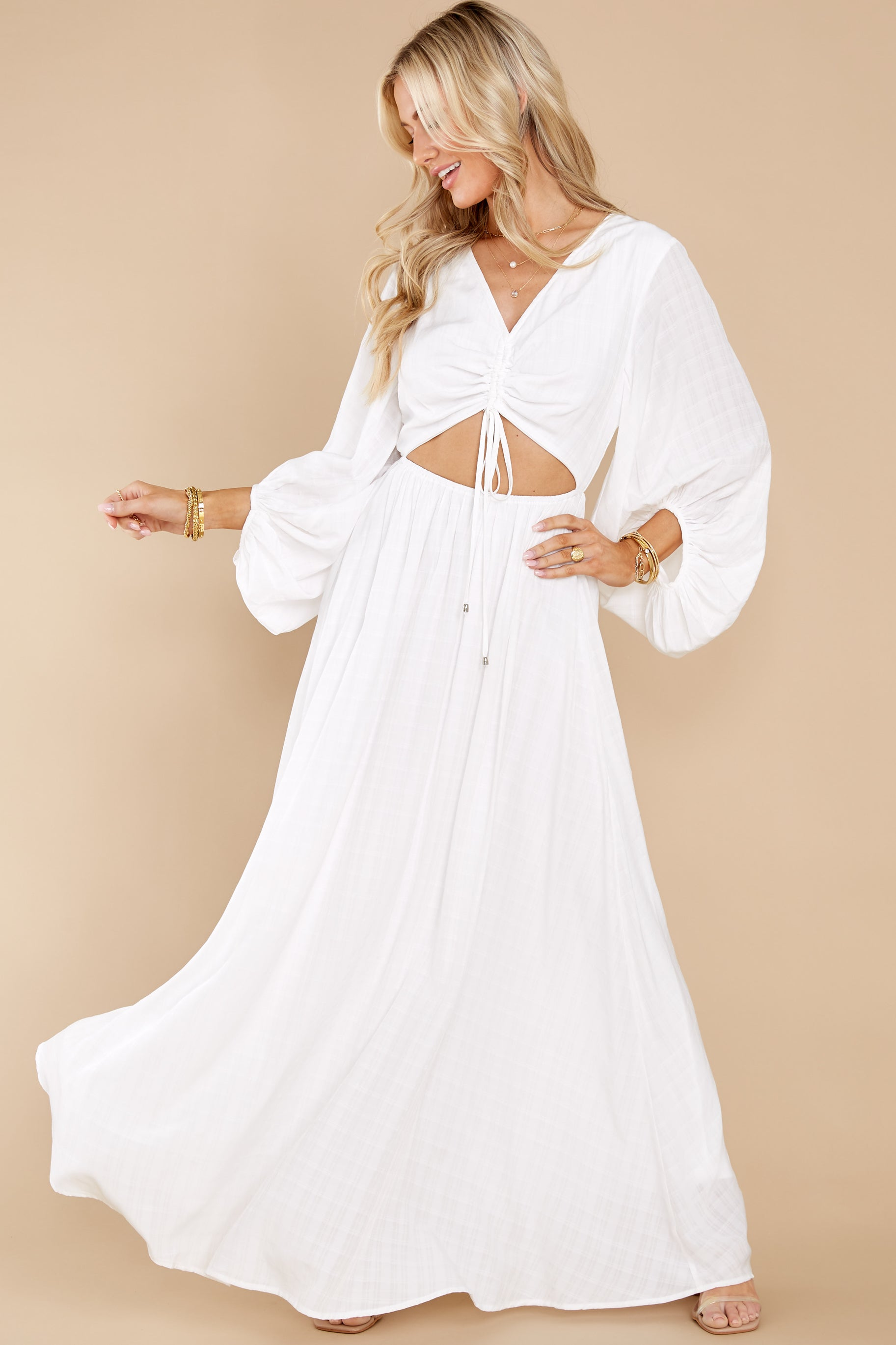 1 Going For This Off White Maxi Dress at reddress.com
