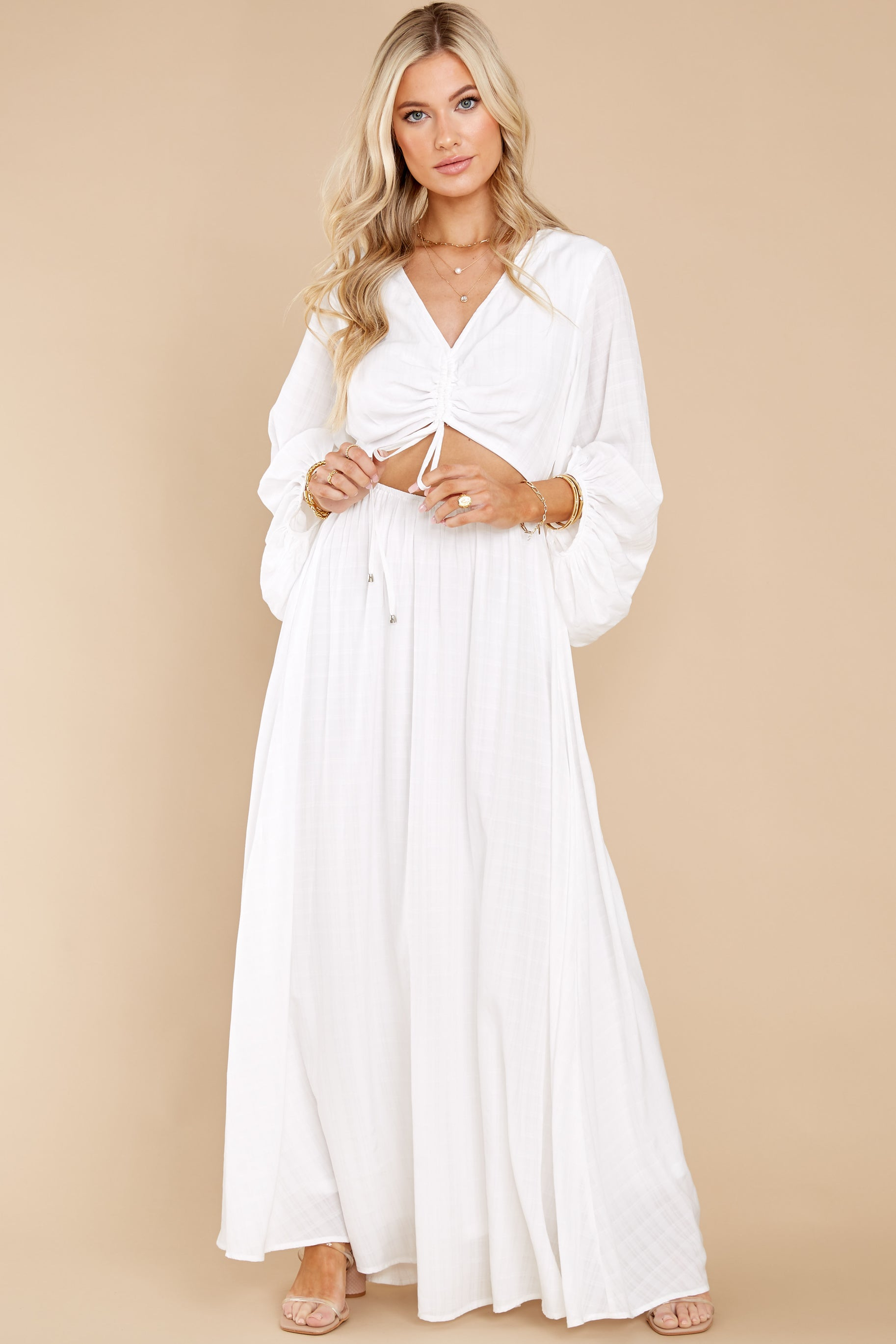 8 Going For This Off White Maxi Dress at reddress.com