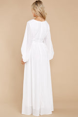 9 Going For This Off White Maxi Dress at reddress.com