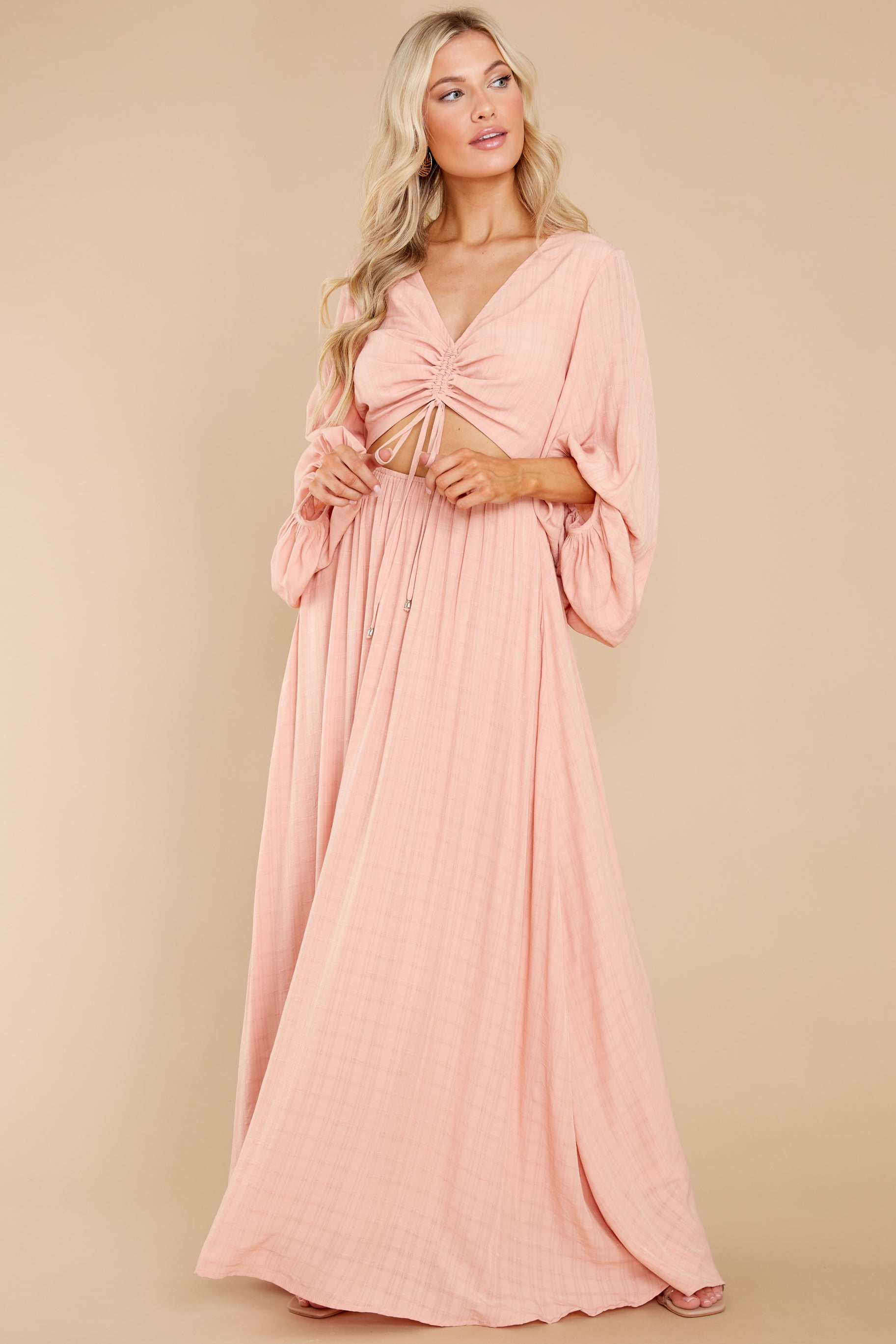 3 Going For This Peach Maxi Dress at reddress.com