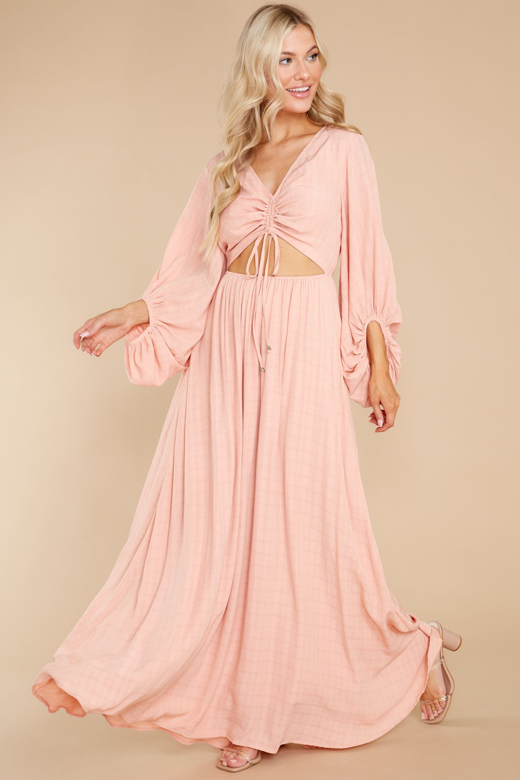 6 Going For This Peach Maxi Dress at reddress.com