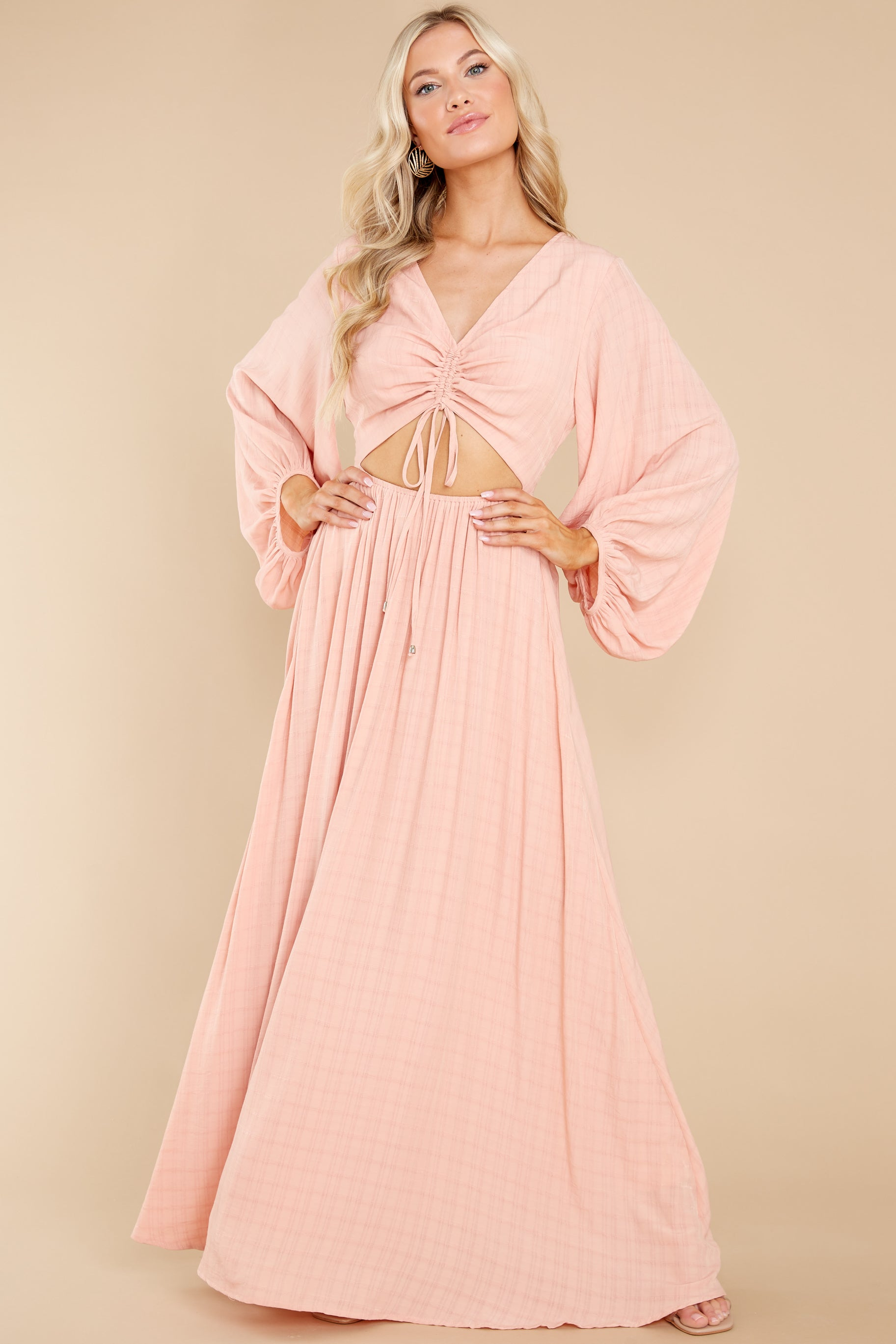 7 Going For This Peach Maxi Dress at reddress.com