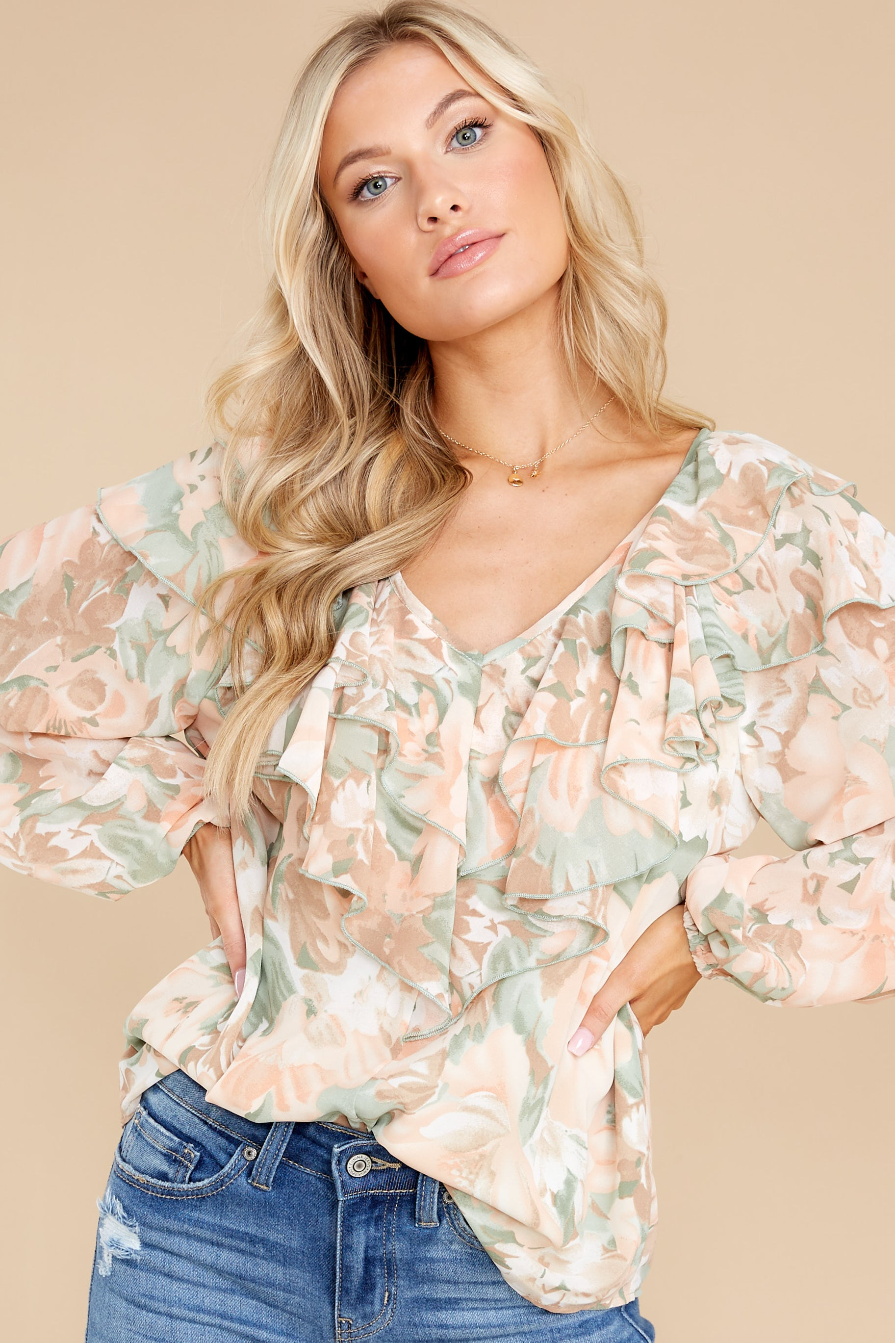 6 Wisteria Meadows Apricot And Sage Floral Print Top at reddress.com