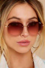 2 Jezabell Chain Gold Pink Sunglasses at reddress.com