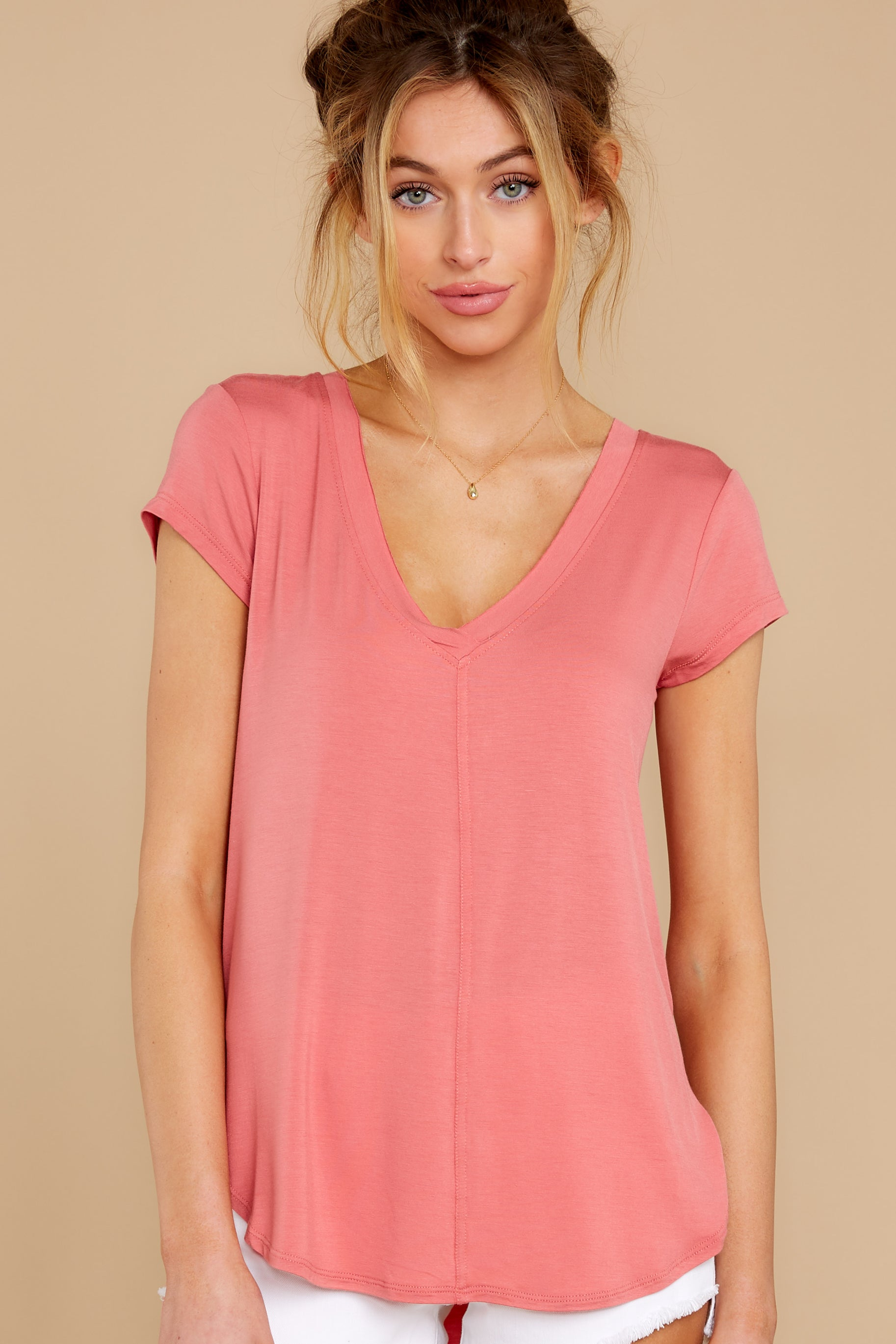 5 The Slate Rose Mya V Neck Tee at reddress.com