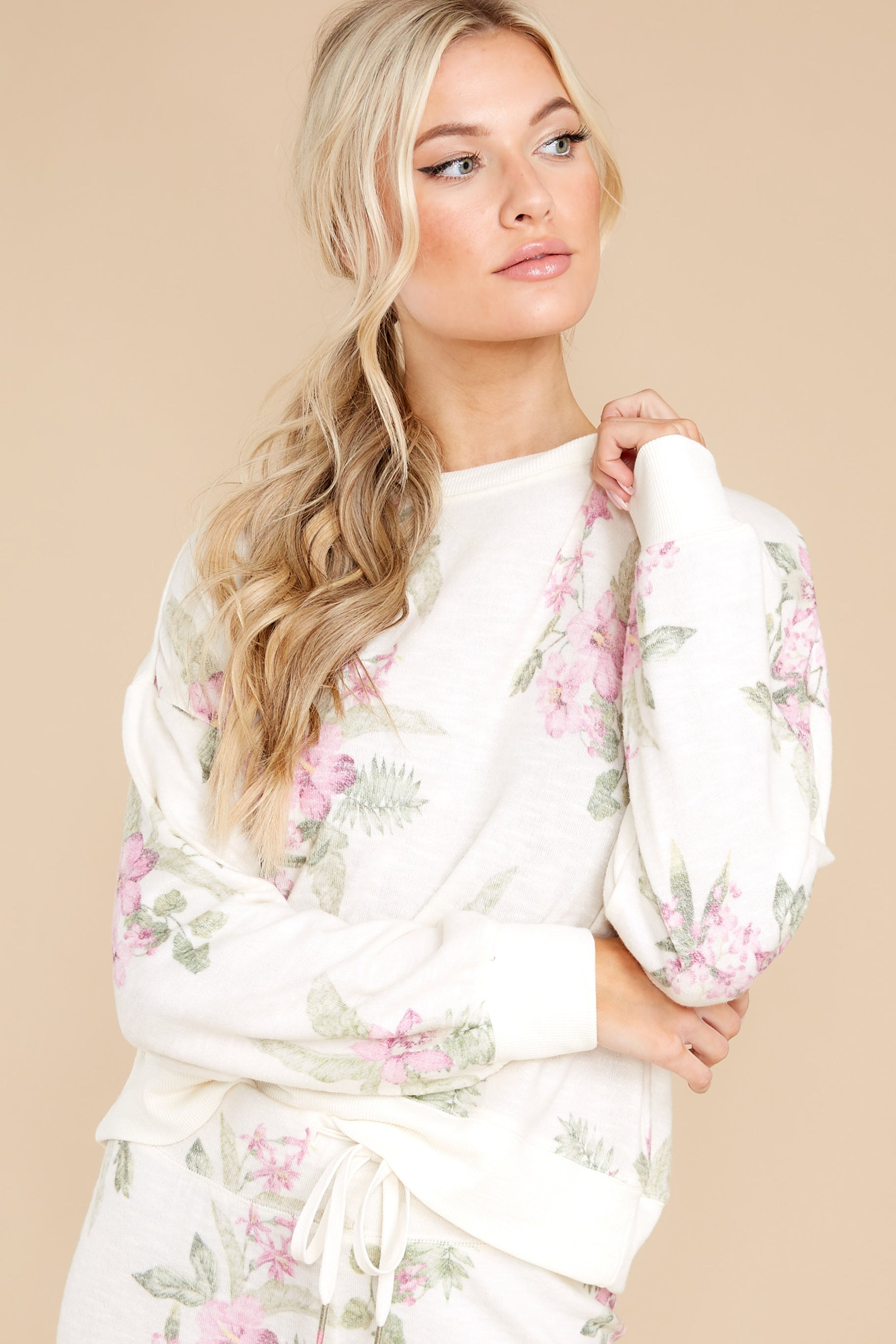 5 Elle Bone Floral Top at reddress.com