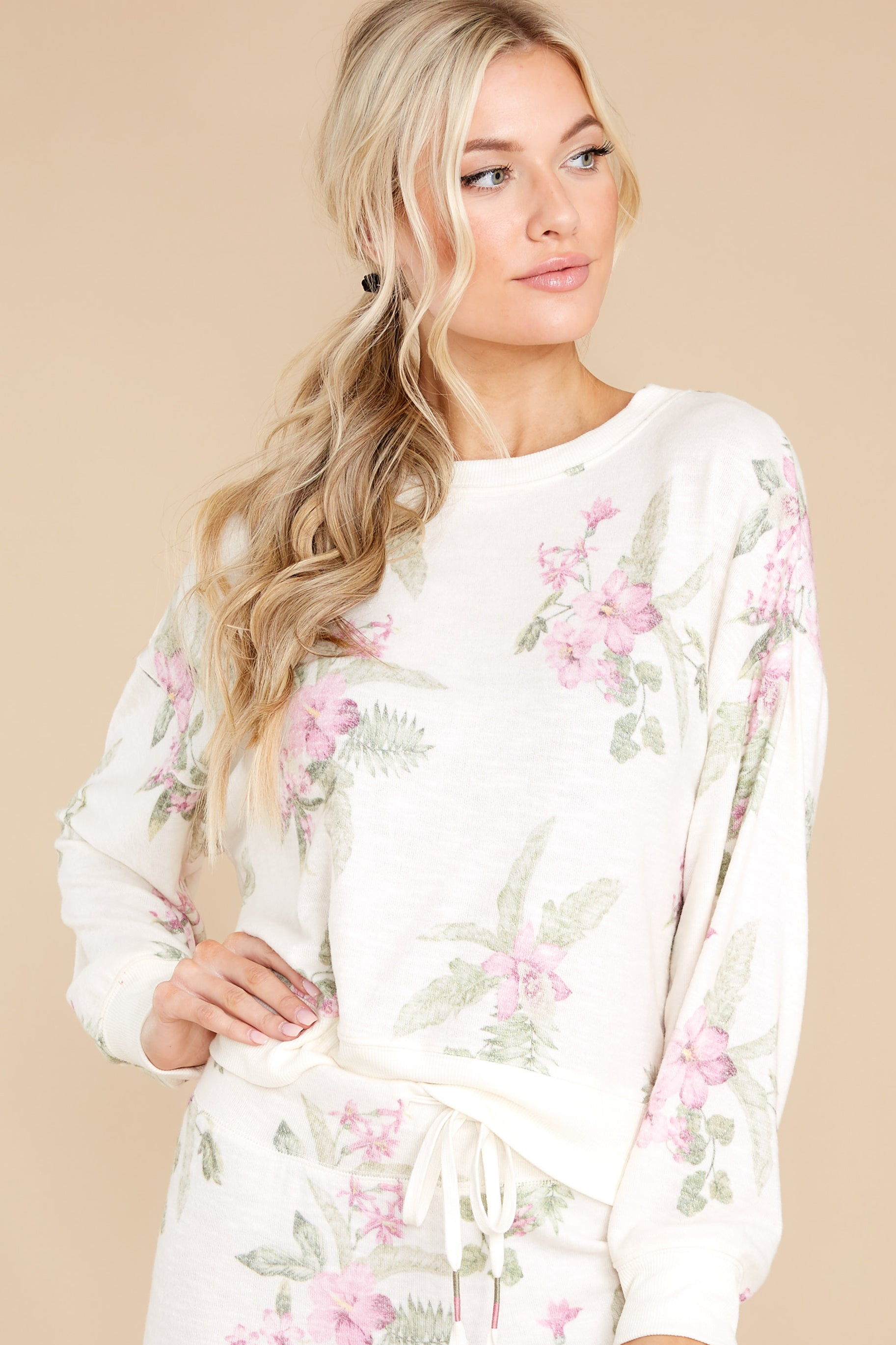 7 Elle Bone Floral Top at reddress.com