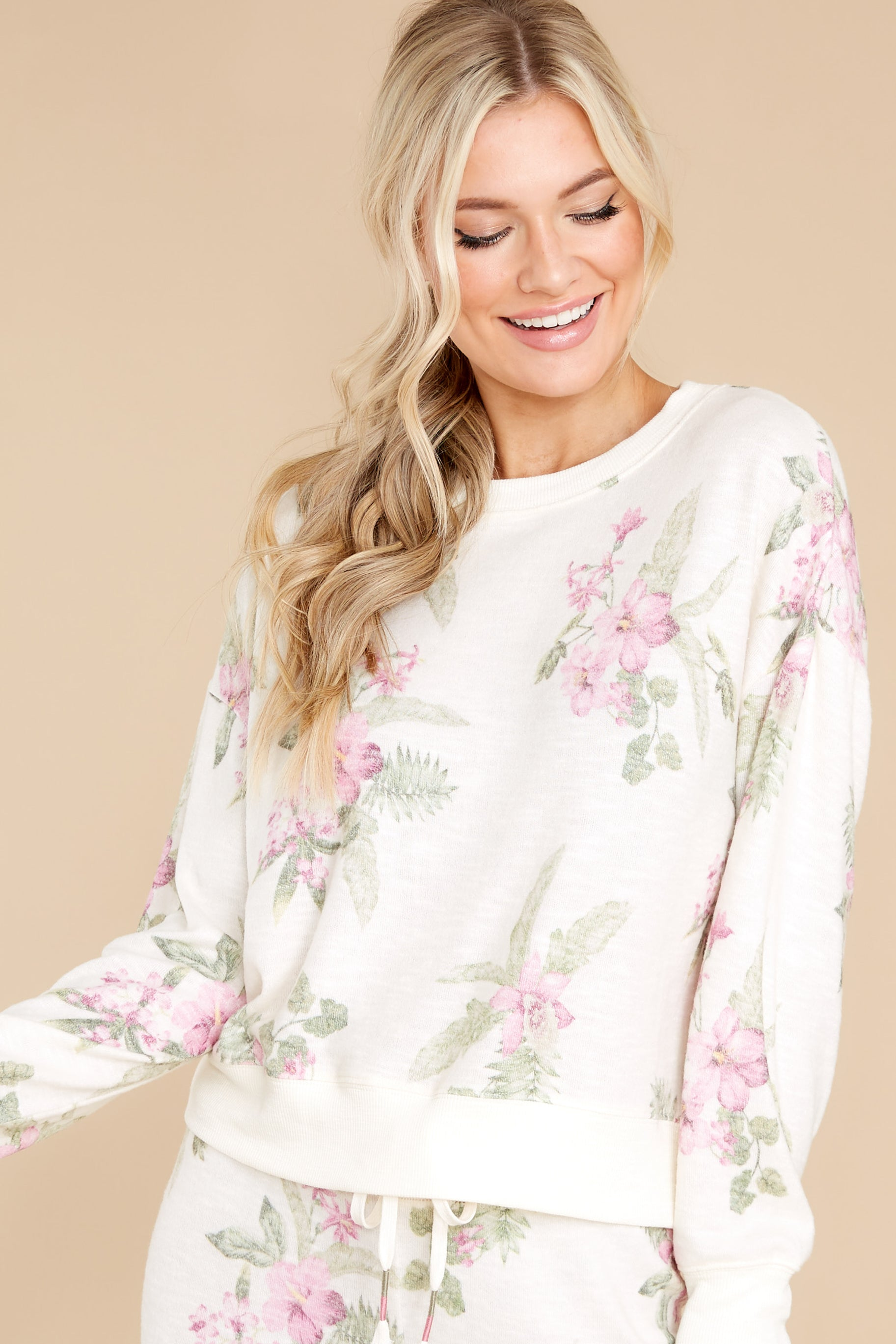 9 Elle Bone Floral Top at reddress.com