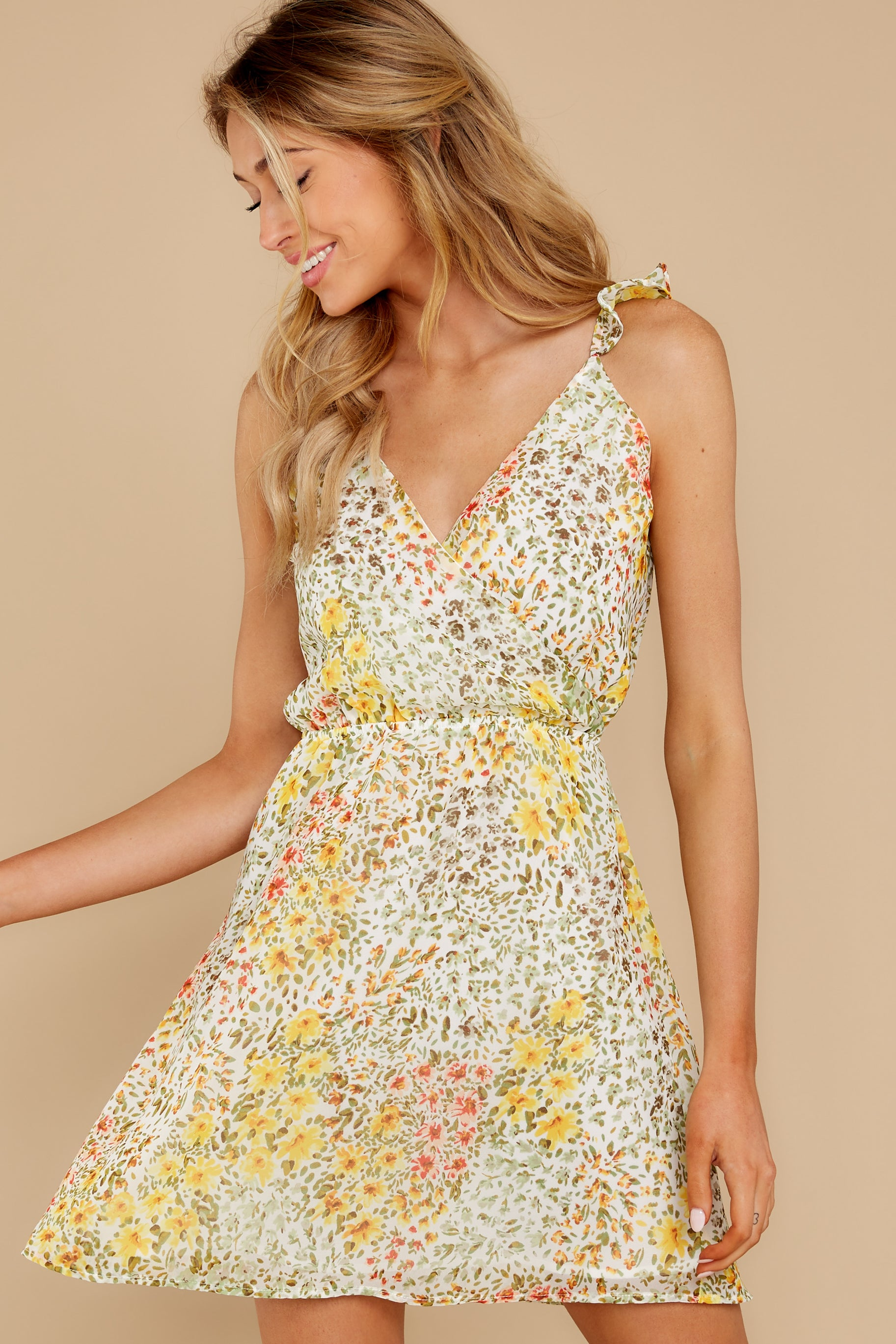 7 Sunny Meadows Green Floral Print Dress at reddress.com