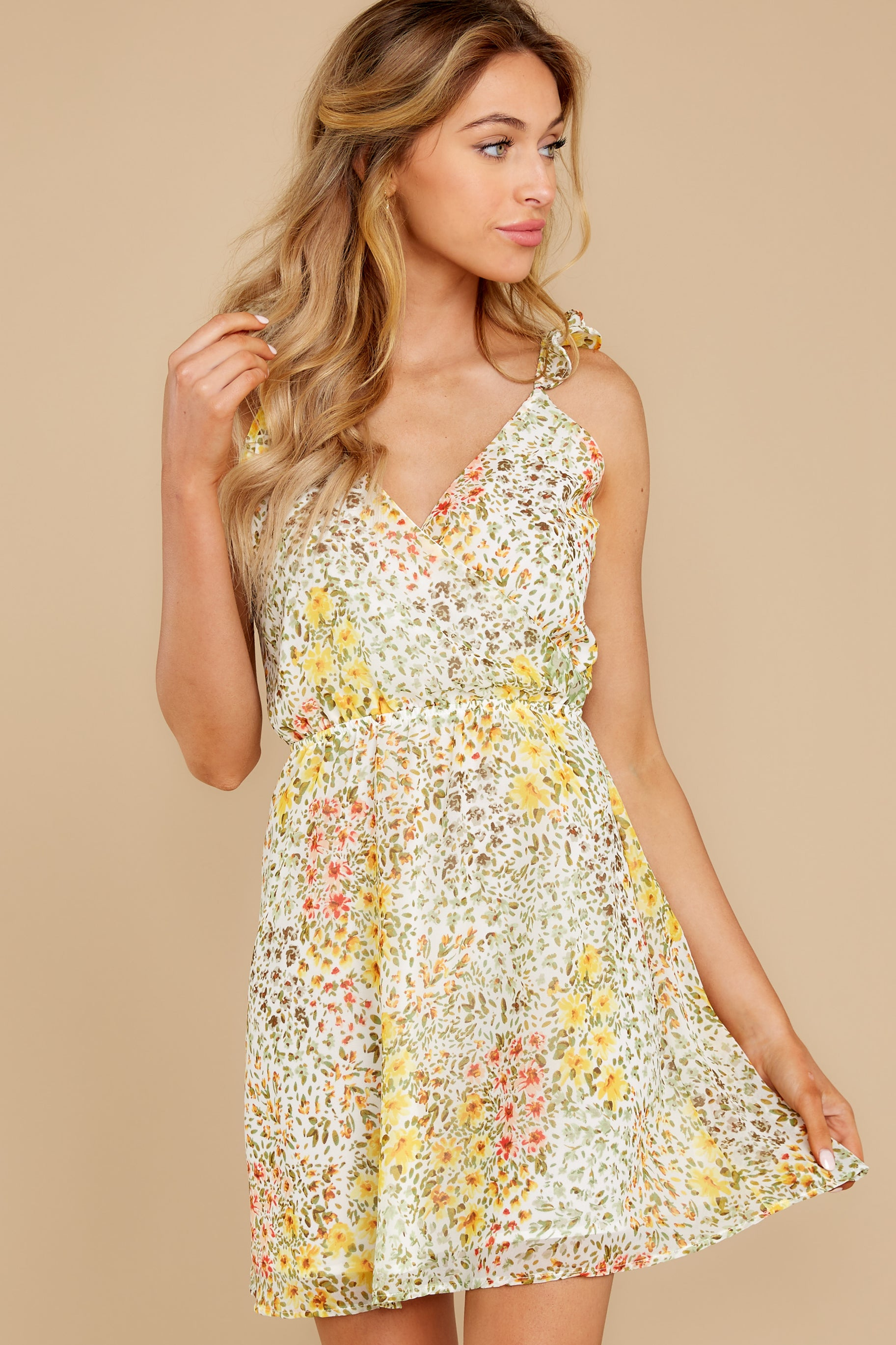 6 Sunny Meadows Green Floral Print Dress at reddress.com