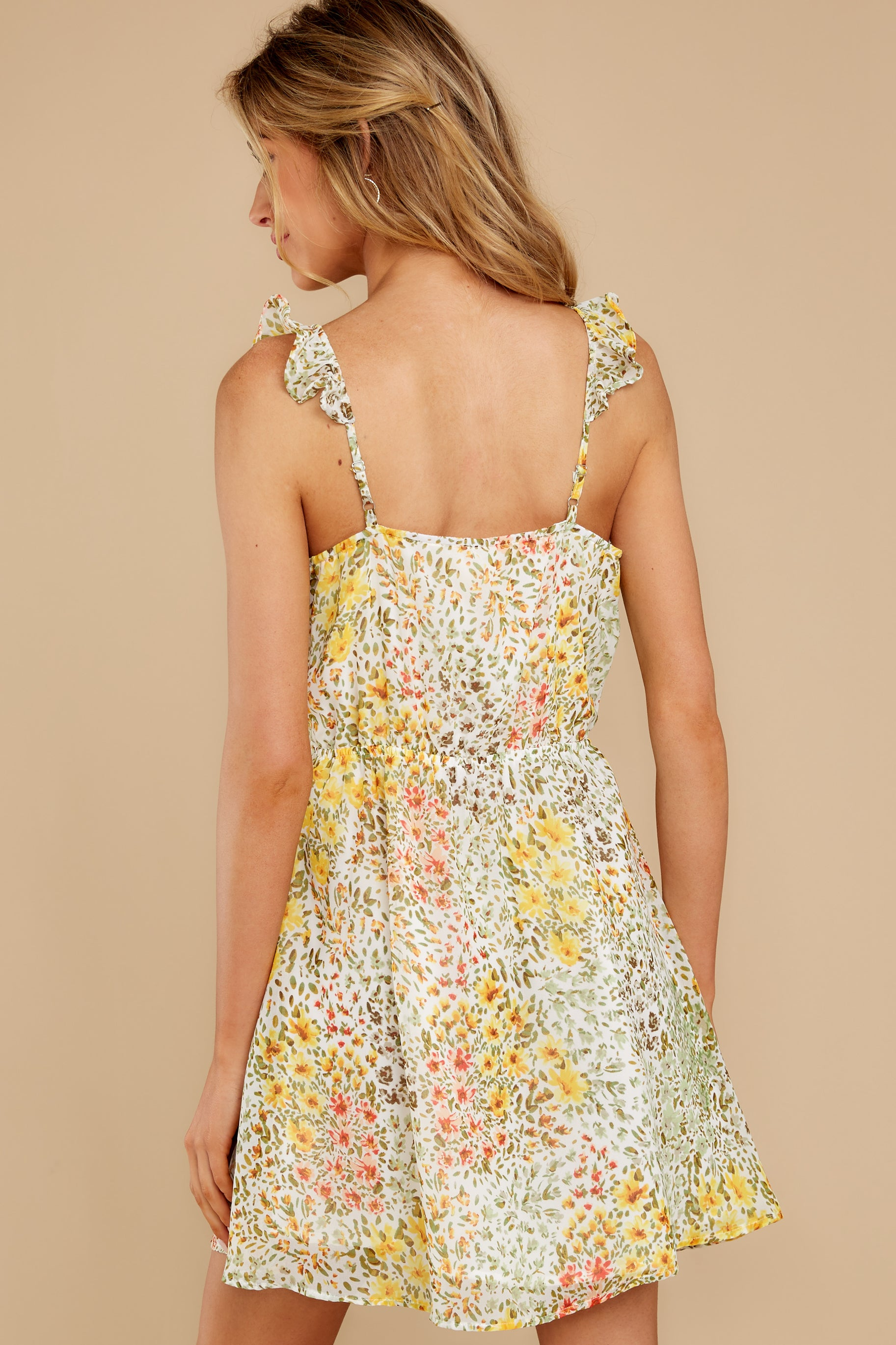 8 Sunny Meadows Green Floral Print Dress at reddress.com