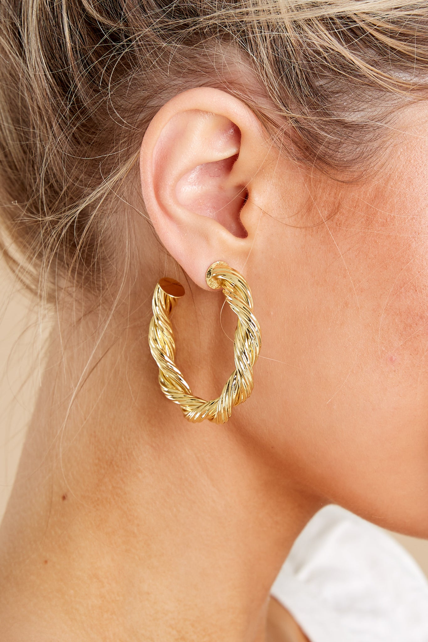 1 Harlow Large Rope Gold Hoops at reddress.com