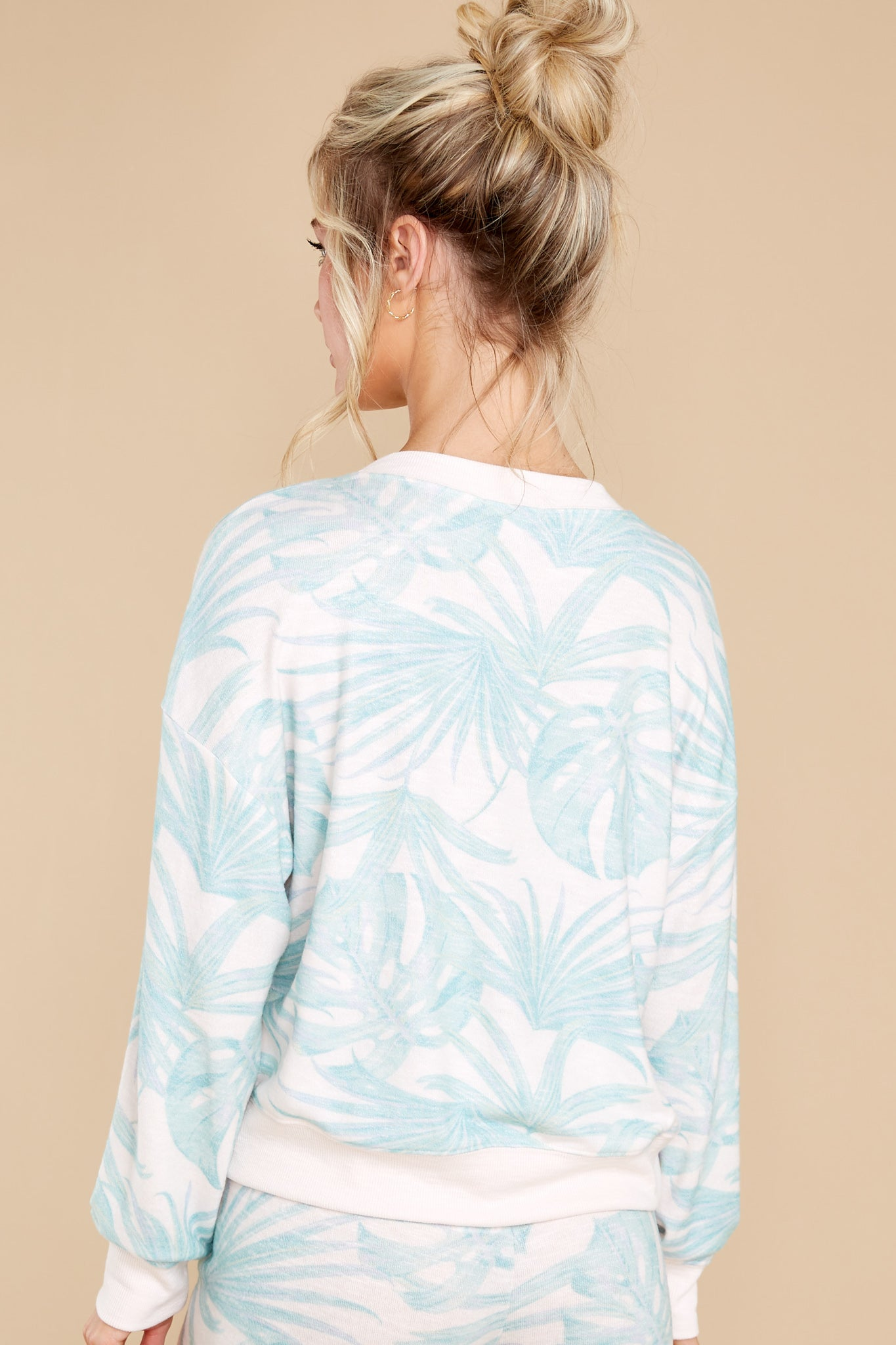 8 Elle Pink Mist Palm Pullover at reddress.com
