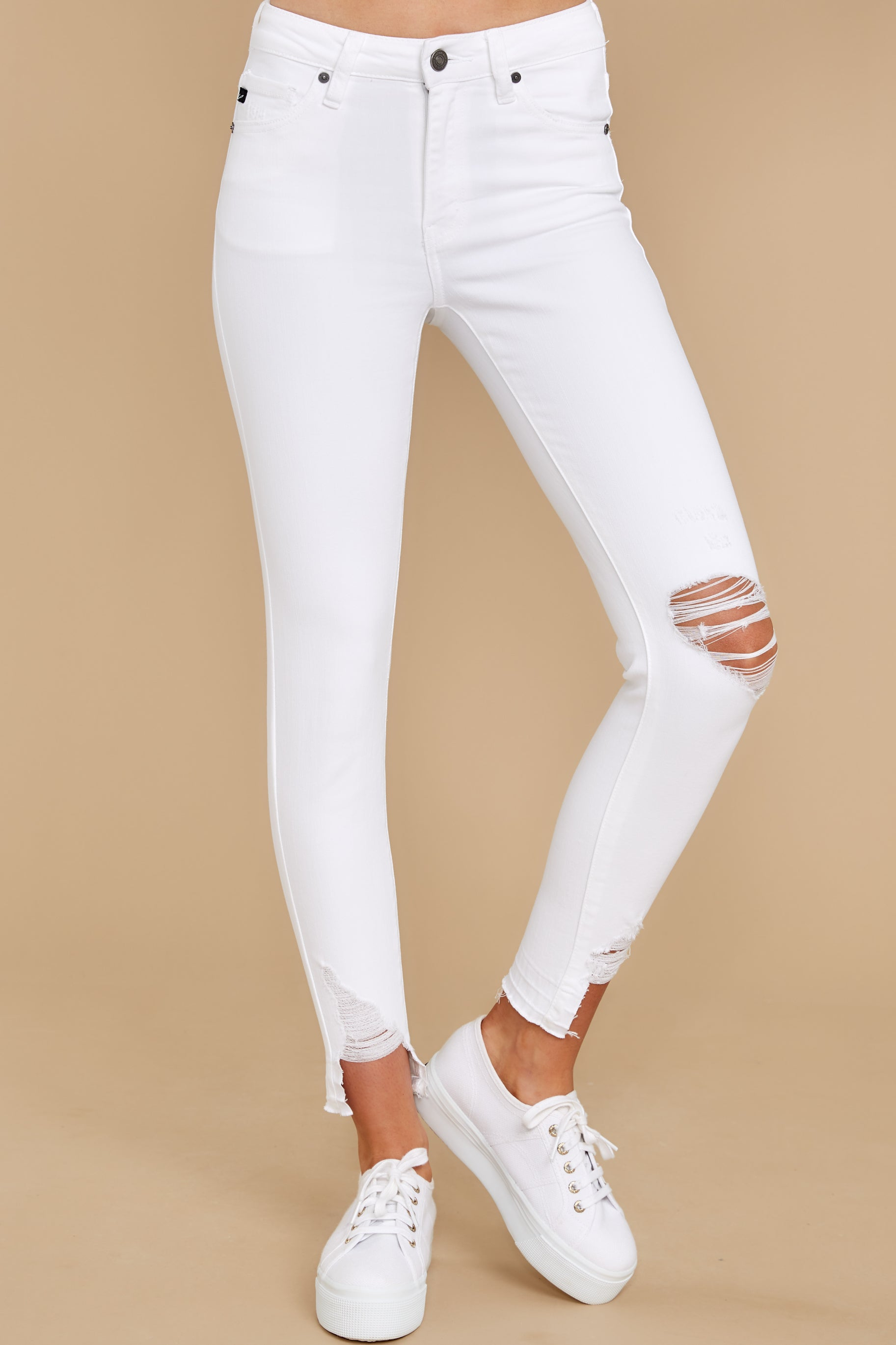 1 Come My Way White Distressed Skinny Jeans at reddress.com