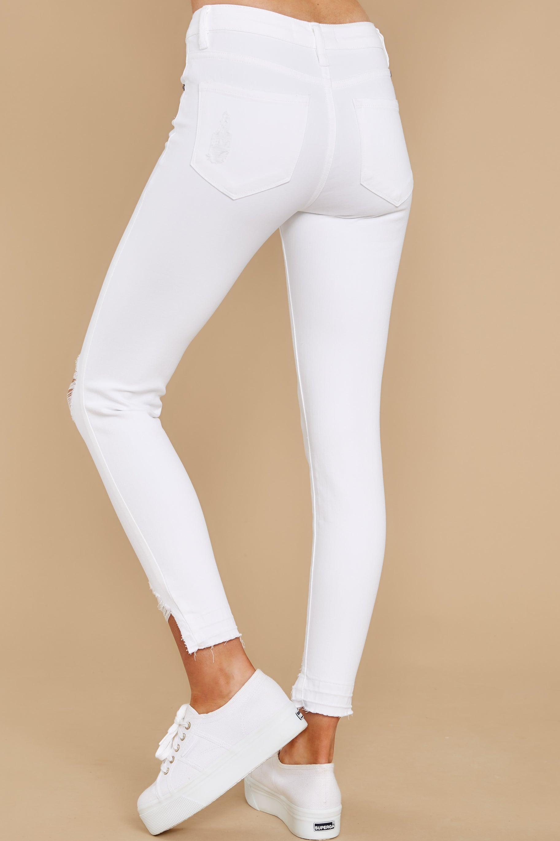 4 Come My Way White Distressed Skinny Jeans at reddress.com