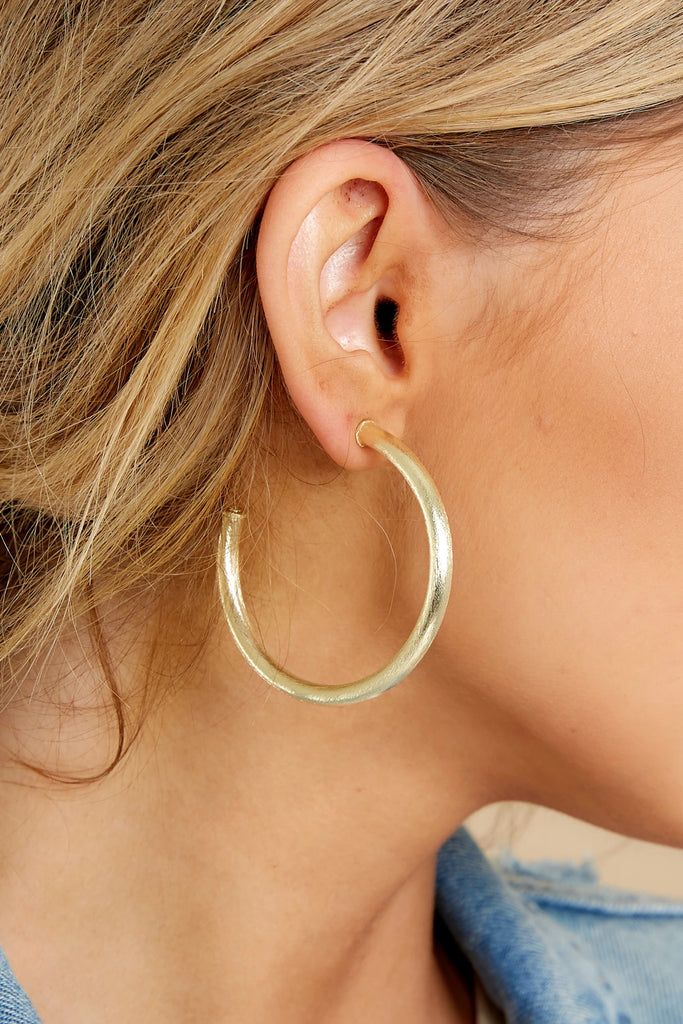 1 Milan Medium Gold Hoops at reddress.com
